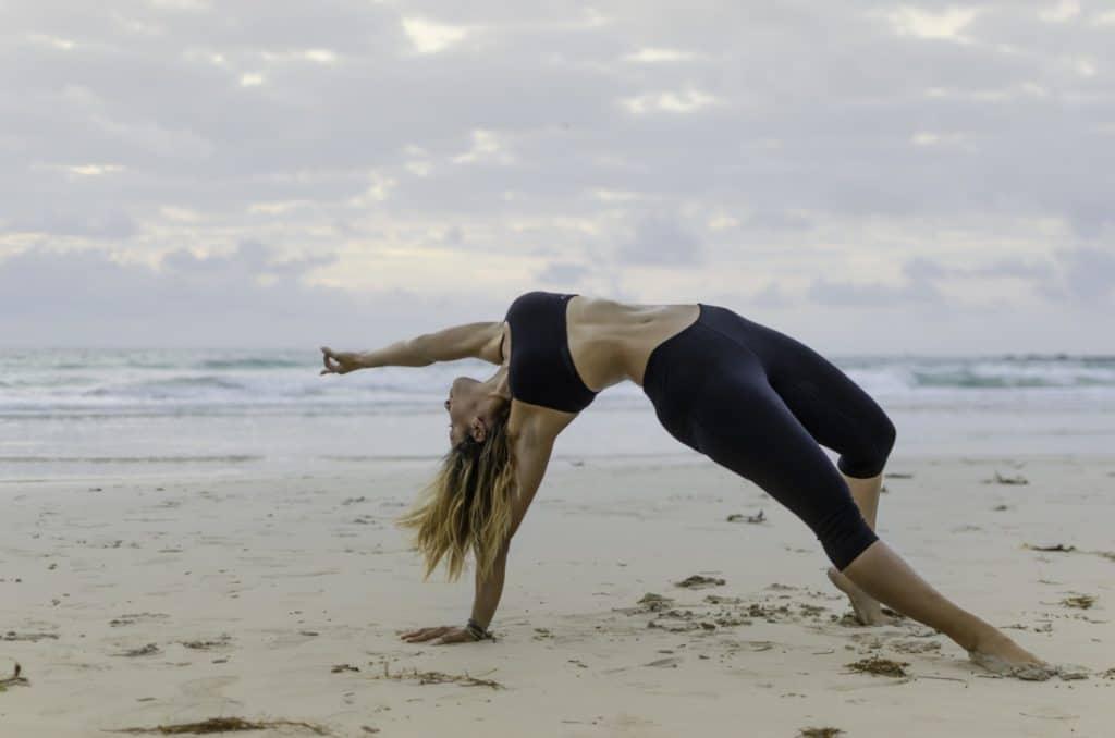 beach yoga t20 8B78Og
